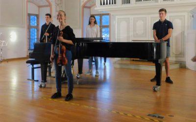 Musikbühnen-Flair in der Großen Aula